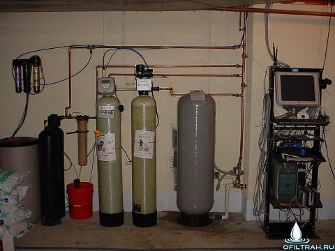 Для очистки воды в доме нужна целая система фильтров